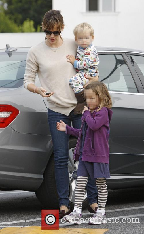 Jennifer Garner, Seraphina Affleck and Samuel Affleck 1