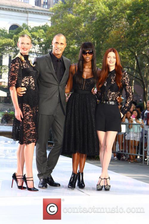 Naomi Campbell, Lydia Hearst, Anne V and Nigel Barker 1