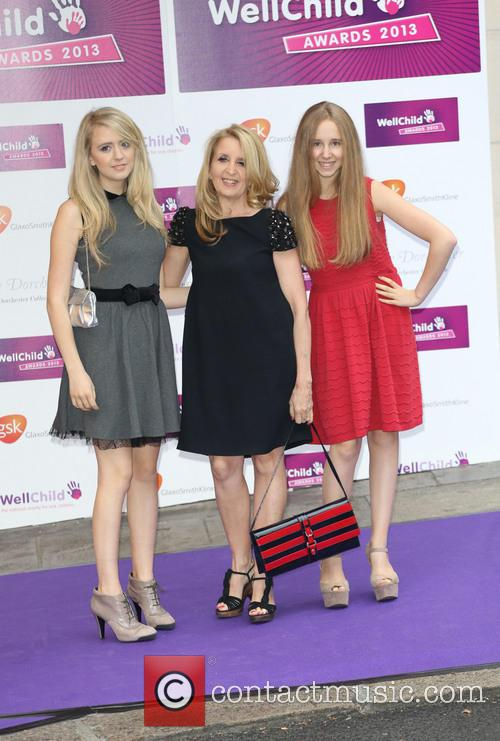 Gillian Mckeith and Daughters 3