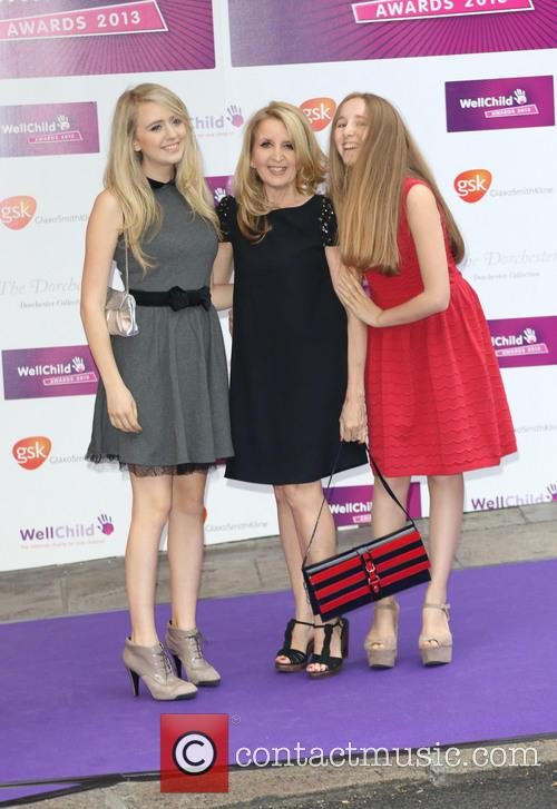 Gillian Mckeith and Daughters 1