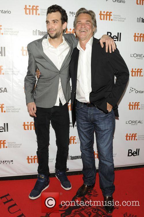 Jay Baruchel and Kurt Russell 5