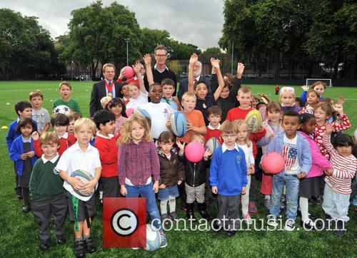 rupert everett frank dobson corams fields childrens charity 3863449