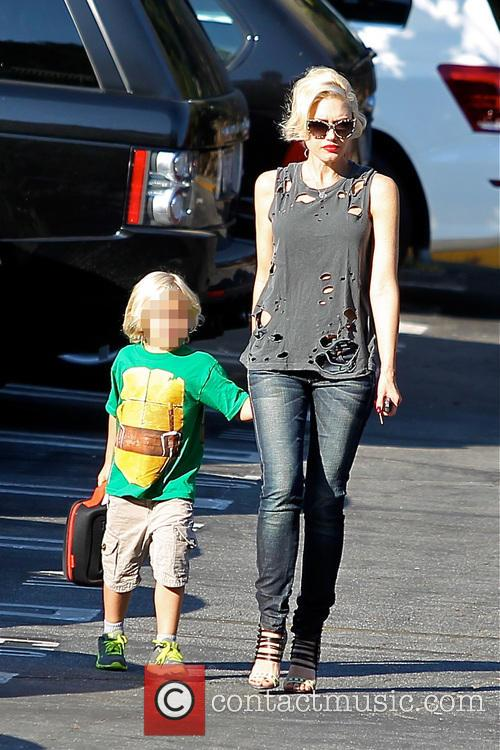 Gwen Stefani seen on the school run