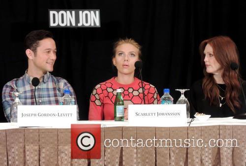 Joseph Gordon-levitt, Scarlett Johanson and Julianne Moore 2