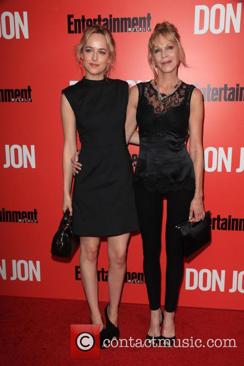 Dakota Johnson and Melanie Griffith 1