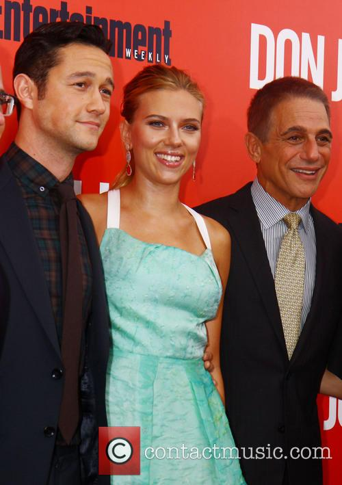 Scarlett Johansson, Joseph Gordon-Levitt, Tony Danza