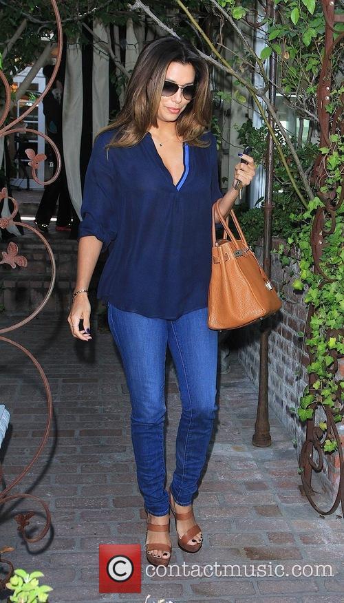 Eva Longoria departs Ken Paves salon
