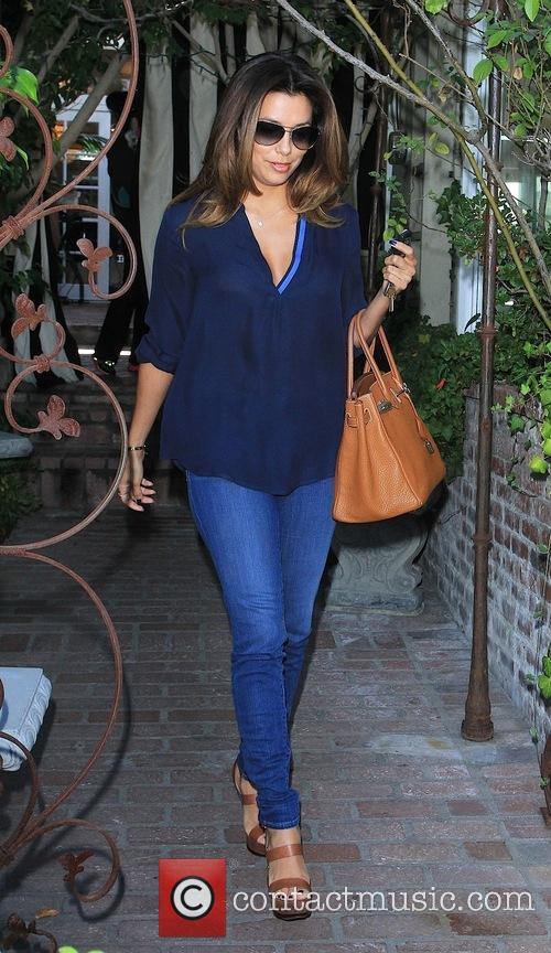 Eva Longoria departs Ken Paves salon