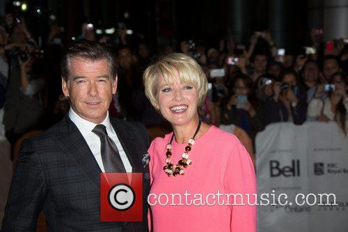 Emma Thompson and Pierce Brosnan 8