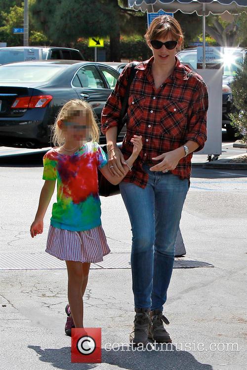 Jennifer Garner and Violet Affleck 3