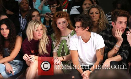 Ellie Goulding, Nicola Roberts, Harry Styles and Nick Grimshaw 9