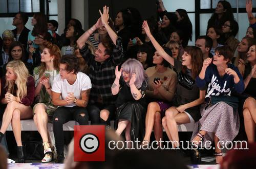 Ellie Goulding, Nicola Roberts, Harry Styles, Nick Grimshaw, Kelly Osbourne, Leigh Lezark, Alexa Chung and Pixie Geldof 11
