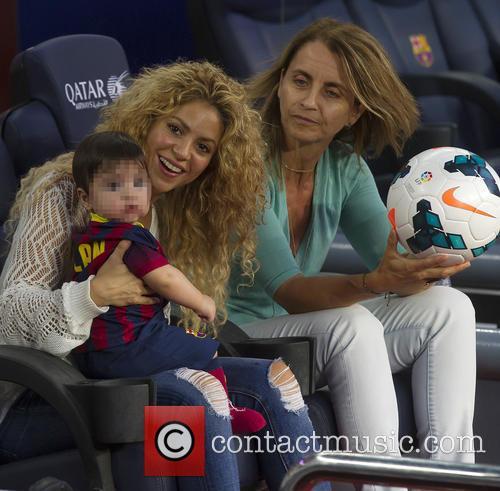 Shakira, Milan Pique Mebarak and Montserrat Bernabeu 4