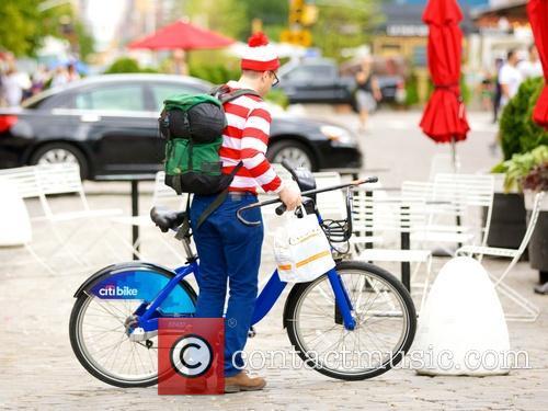 Waldo and Wally 8