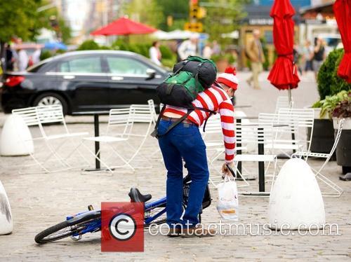 Waldo and Wally 9