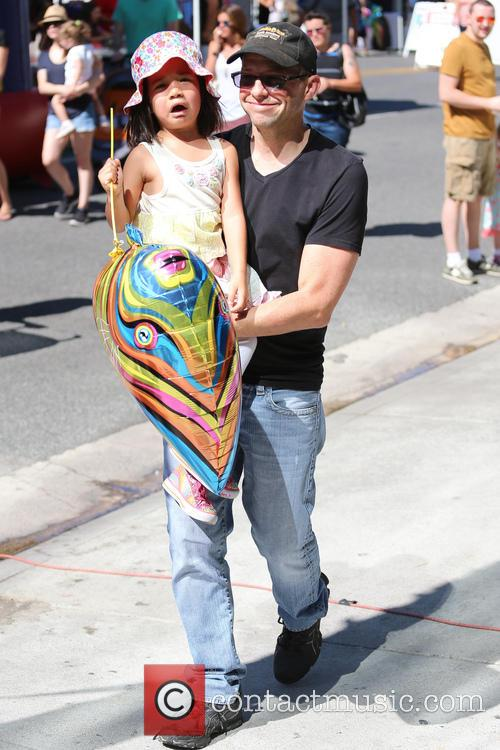 Jon Cryer and Daisy Cryer 8