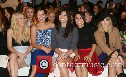 Ellie Goulding, Pixie Geldof, Daisy Lowe, Samantha Barks and Suki Waterhouse 2