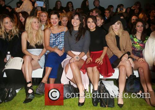 Ellie Goulding, Pixie Geldof, Daisy Lowe, Samantha Barks and Suki Waterhouse 3