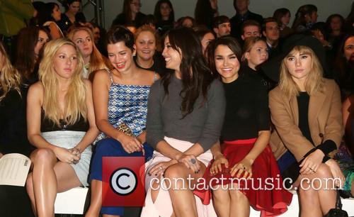 Ellie Goulding, Pixie Geldof, Daisy Lowe, Samantha Barks and Suki Waterhouse 8