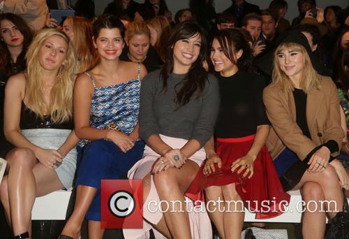 Ellie Goulding, Pixie Geldof, Daisy Lowe, Samantha Barks and Suki Waterhouse 1