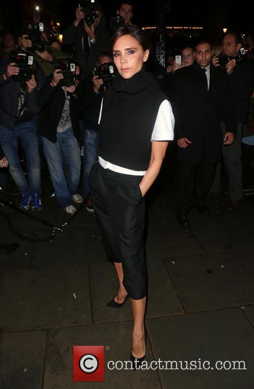 victoria beckham london fashion week ss14  3867924