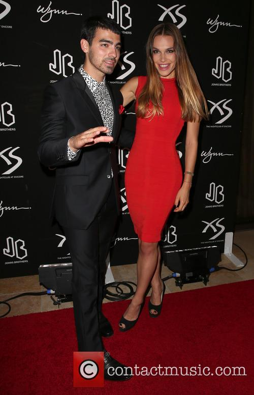 Joe Jonas and Blanda Eggenschwiler 6