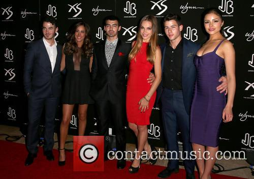 Kevin Jonas, Danielle Jonas, Joe Jonas, Blanda Eggenschwiler, Nick Jonas and Olivia Culpo 11