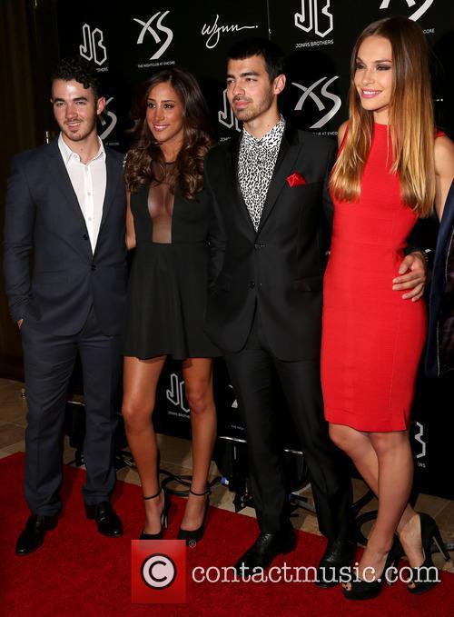 Kevin Jonas, Danielle Jonas, Joe Jonas and Blanda Eggenschwiler 2