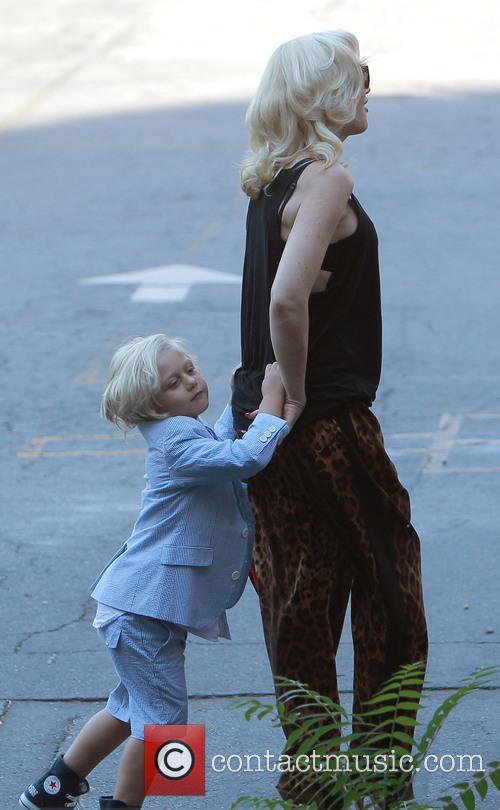 Gwen Stefani and Zuma 6