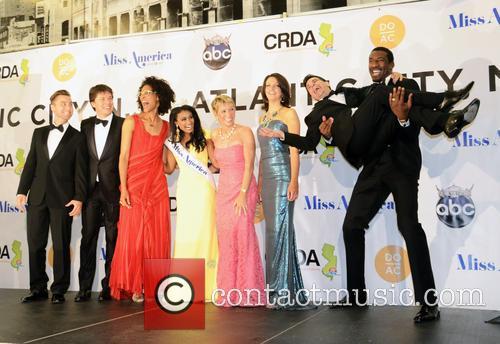 Lance Bass, Joshua Belle, Nina Davuluri, Carla Hall, Deidre Downs Gunn, Barbara Cocoran, Mario Cantone and Amar'e Stoudemire 2