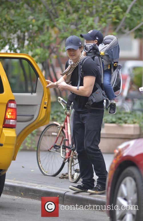 Orlando Bloom and son Flynn in Soho