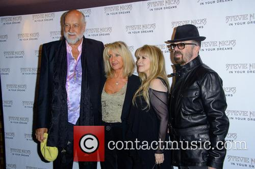 Dave Stewart, Mick Fleetwood and Stevie Nicks 3