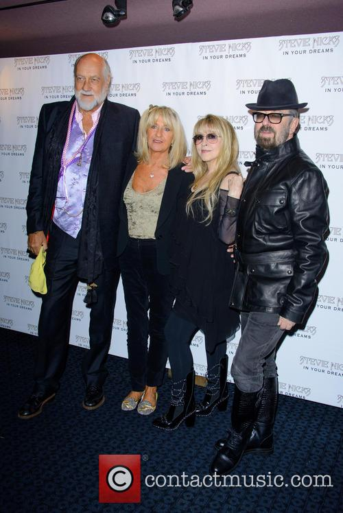 Dave Stewart, Mick Fleetwood and Stevie Nicks 5