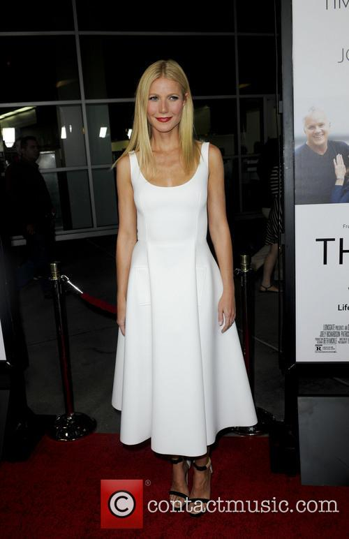 gwyneth paltrow los angeles premiere of thanks 3870047