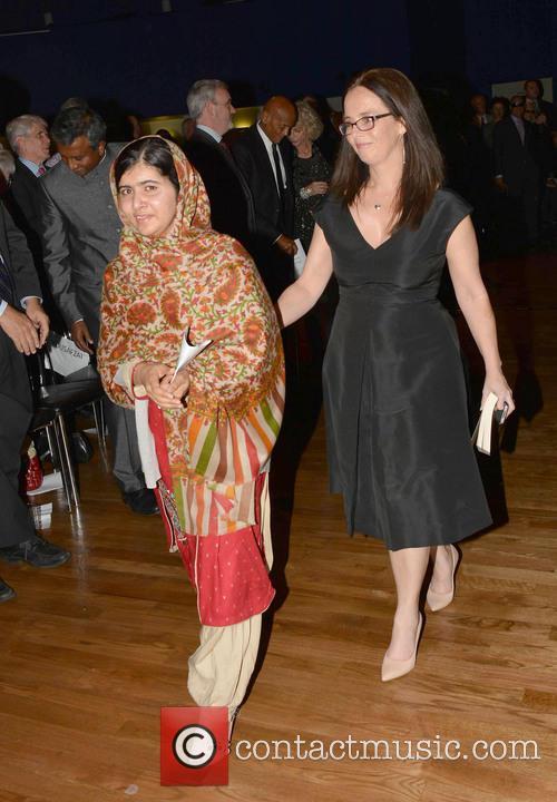 Malala Yousafzai & Melanie Verwoerd 3