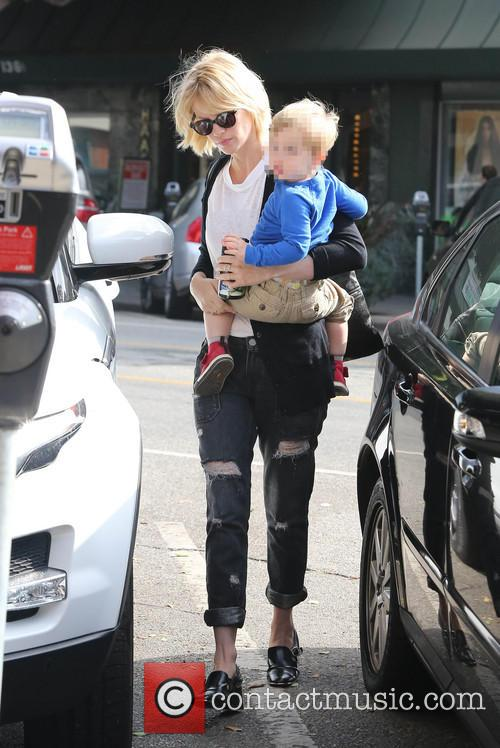 january jones xander january jones out and about 3872511