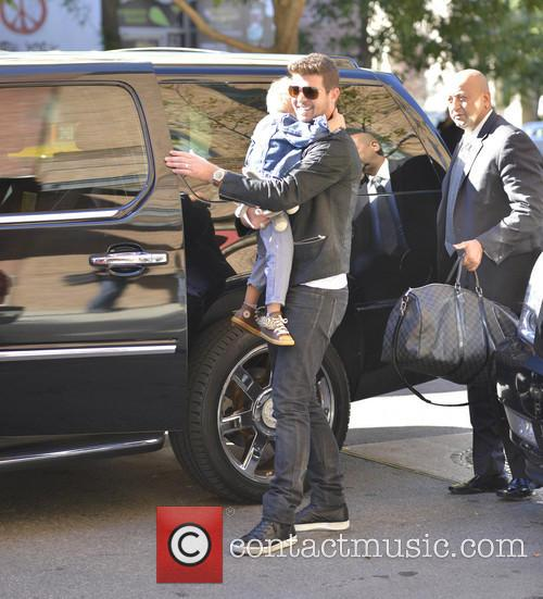 Robin Thicke and Julian Fuego Thicke 7