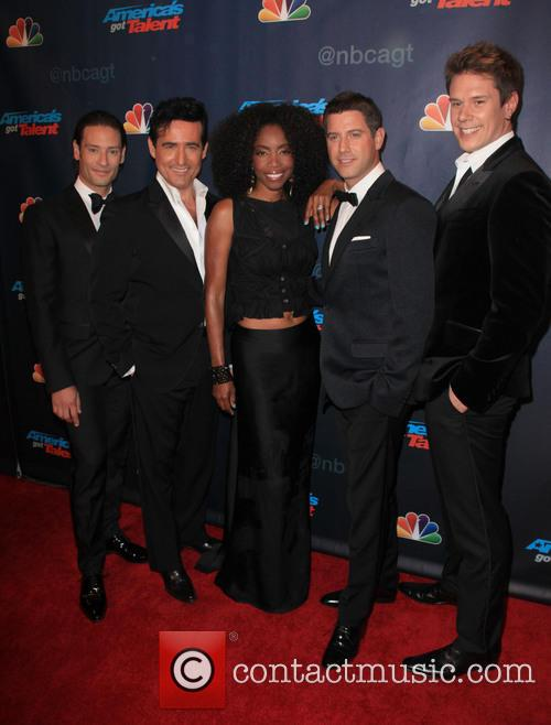Heather Headley and Il Divo 2