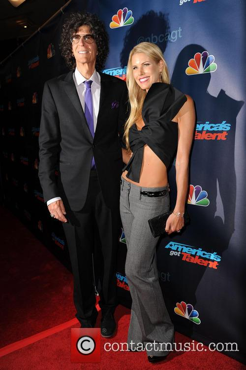 Howard Stern and Beth Ostrosky Stern 3
