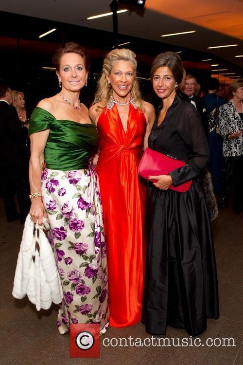 Elisabeth Thieriot, Suzanna Jackson and Lucia Boscaini 2