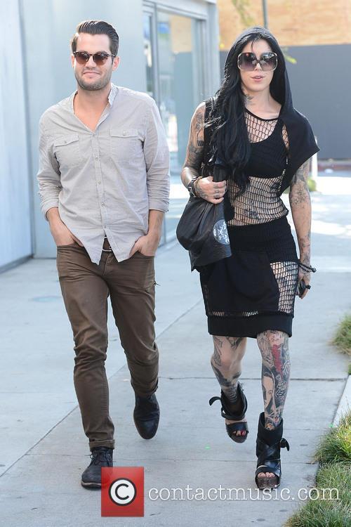 Kat Von D heads to Urth Cafe with...
