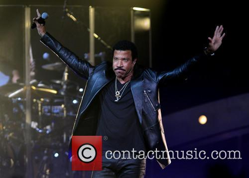 lionel richie lionel richie performs at hard 3873446