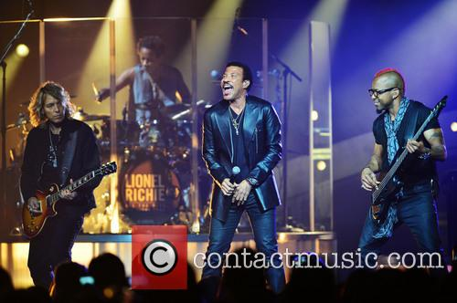 Lionel Richie, Ben Mauro(L), Hard Rock Live in Hollywood Fla