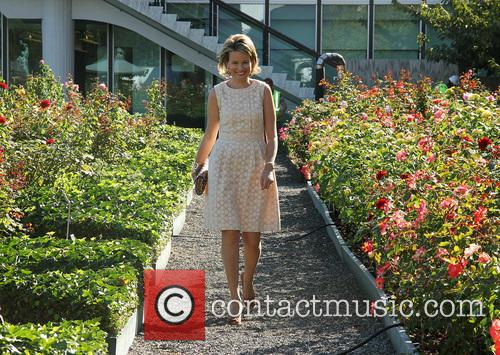 Queen Mathilde 6