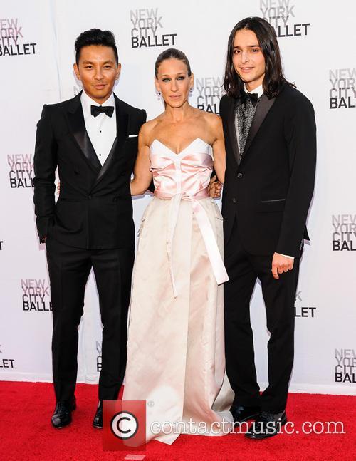 Prabal Gurung, Sarah Jessica Parker and Olivier Theyskens 3