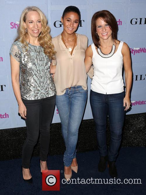 Susan Kaufman, Emmanuelle Chriqui and Stephanie Sladkus 4