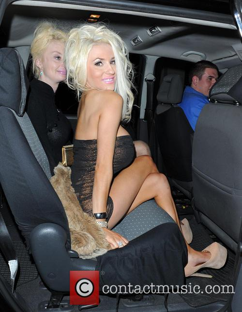 Courtney Stodden and Lauren Harris 4