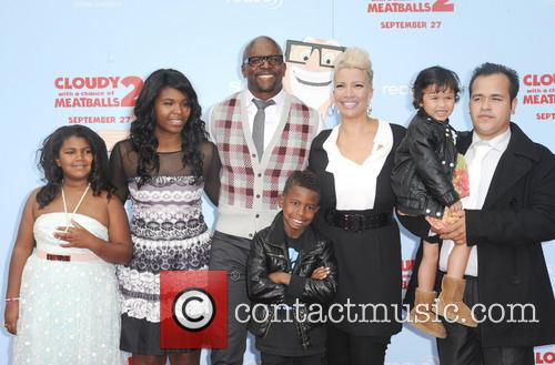 Terry Crews, Rebecca King-crews, Azriel Crews, Isaiah Crews, Naomi Burton-crews, Tera Crews and Wynfrey Crews 3