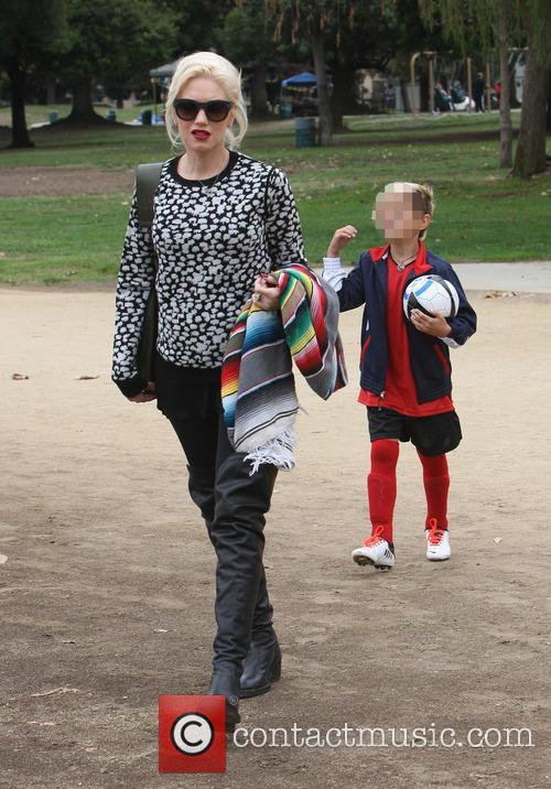 Gwen Stefani at park in Sherman Oaks