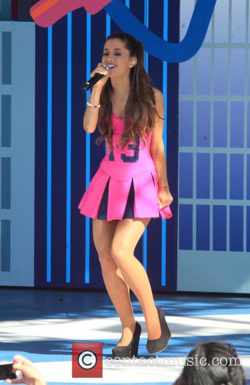 Ariana Grande 9